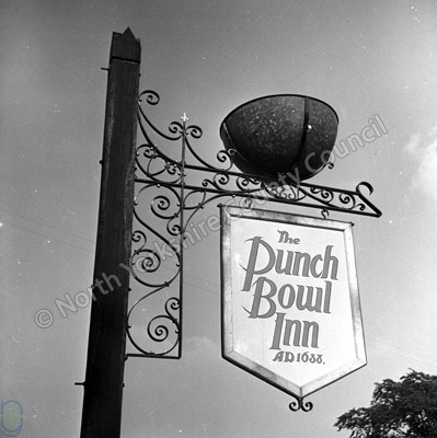 The Punch Bowl, Feetham